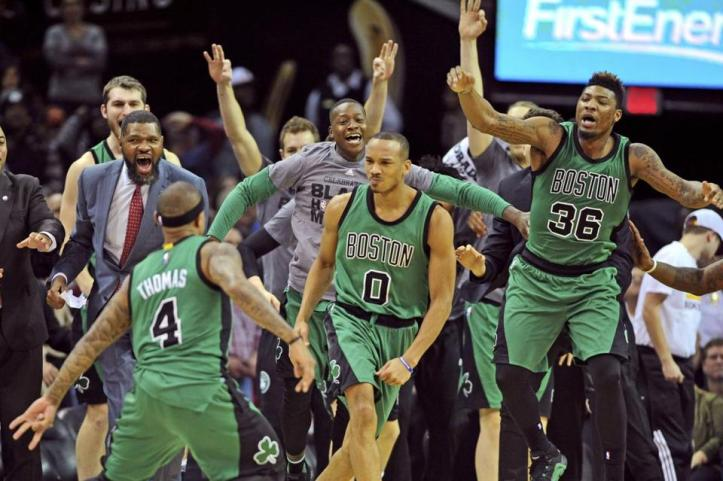 2016-02-06T032533Z_1213578801_NOCID_RTRMADP_3_NBA-BOSTON-CELTICS-AT-CLEVELAND-CAVALIERS-6946