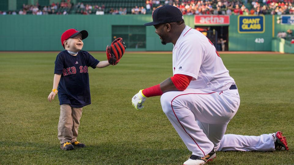 david-ortiz-meets-fan-first-pitch-video